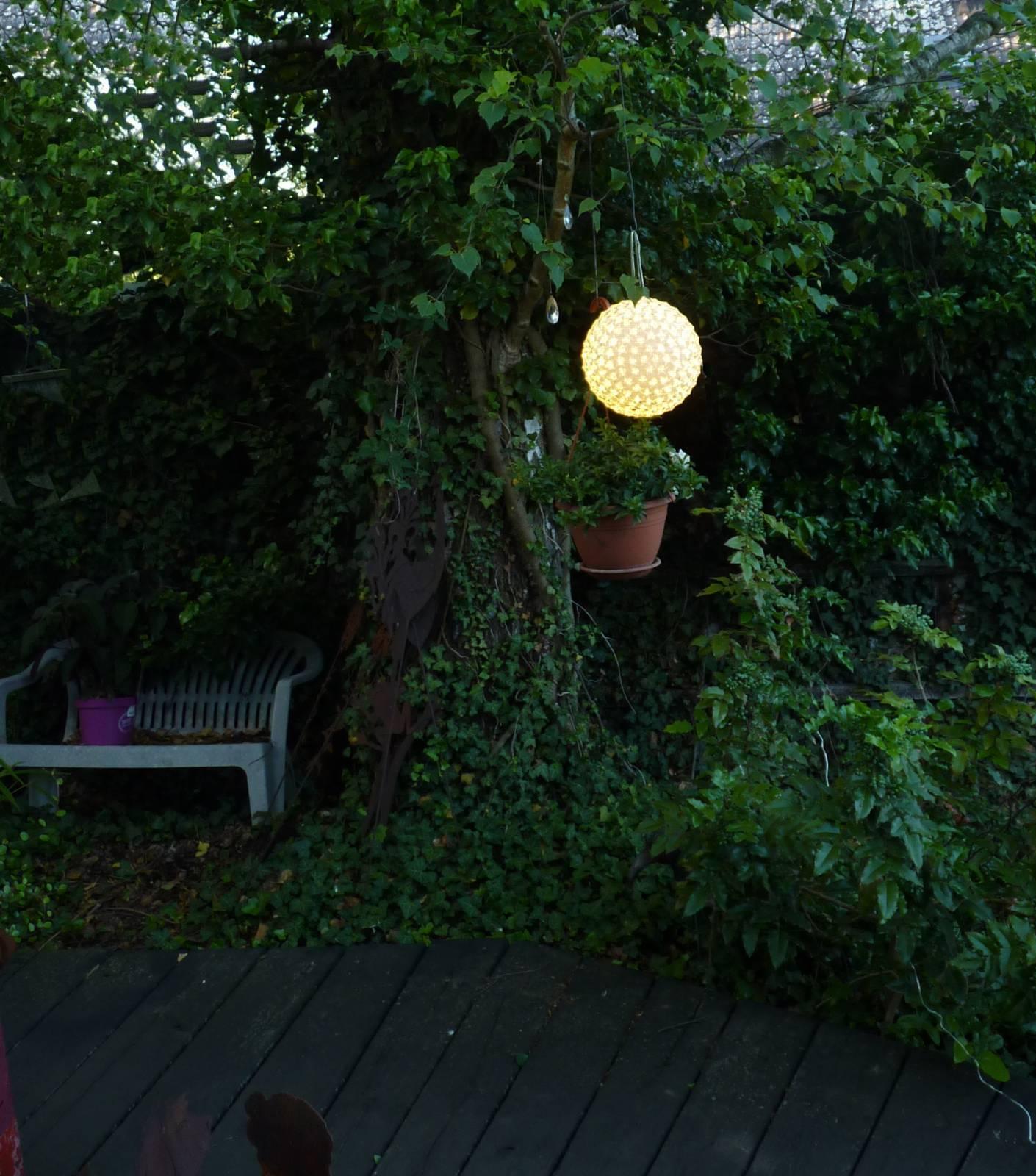 kugel leuchtkugel 300 sterne led f r au enbereich geeignet leuchte 8 leuchtarten ebay. Black Bedroom Furniture Sets. Home Design Ideas